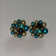 Vintage Clip On Cluster Earrings Japan - $24.19