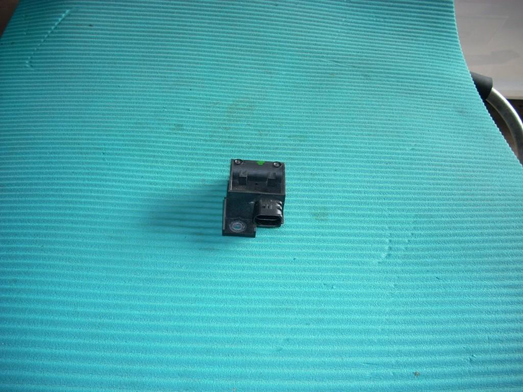2008 HYUNDAI SANTA FE TPMS TIRE PRESSURE MODULE 95810-4D100 OEM