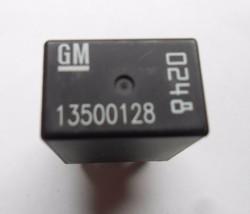Usa Seller Gm Oem Relay 13500128 Free Shipping 1 Year Warranty! GM3 - $6.10