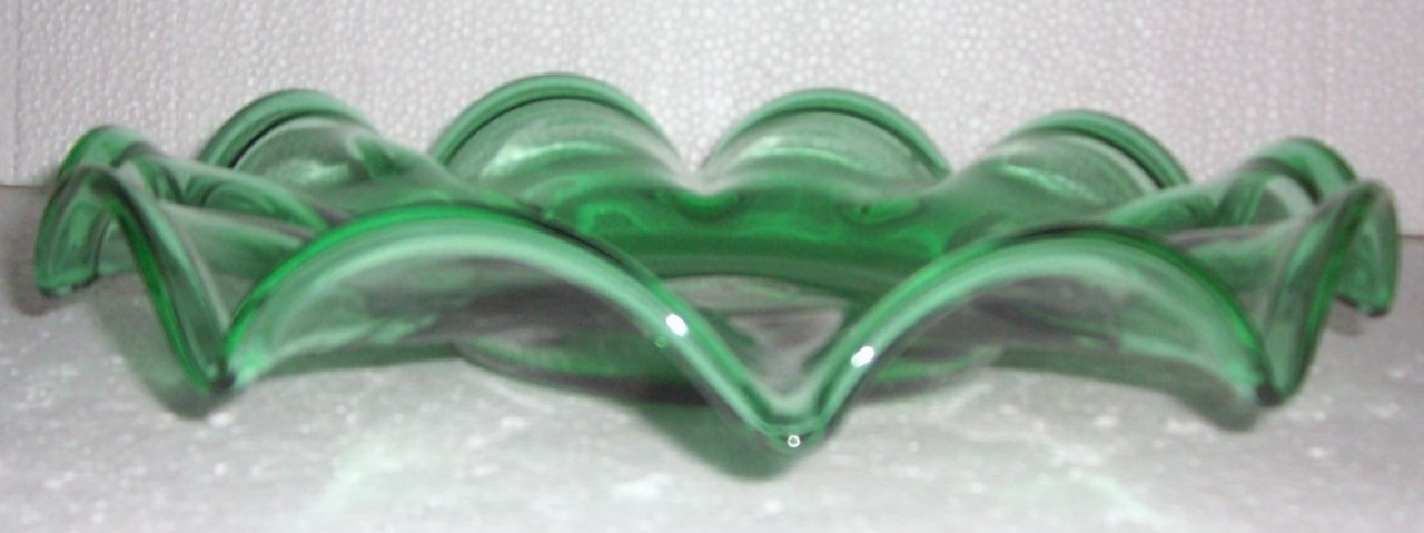 Handblown & Crafted Green Glass Art Designed Center Table Display