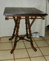 Quartersawn Oak Stick and Ball Parlor Table / Lamp Table  (T402) - $499.00