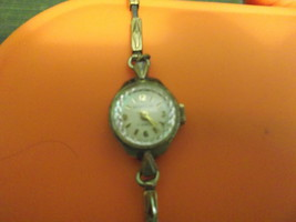 Westclox 17 Jewel Ladies Wind Up Watch Goldtone with Stainless Steel Back - $12.00