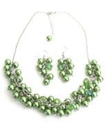 Cluster Necklace Grape Earrings In Kelly Green ... - $21.18