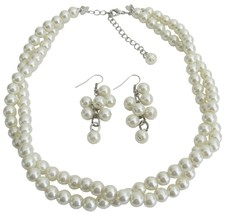 Ivory Pearl Twisted Necklace With Matching Grape Earrings Perfect Gorg - $19.23
