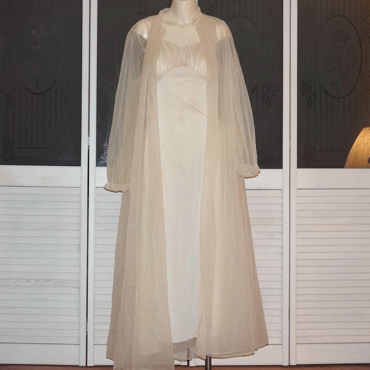 Vintage Kickernick Chiffon Bridal Peignoir Night Gown