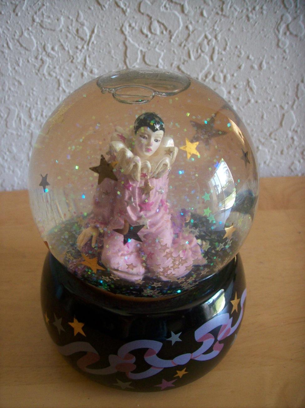 "1993 San Francisco Music Box ""Astria Star Keeper"" Snowglobe"