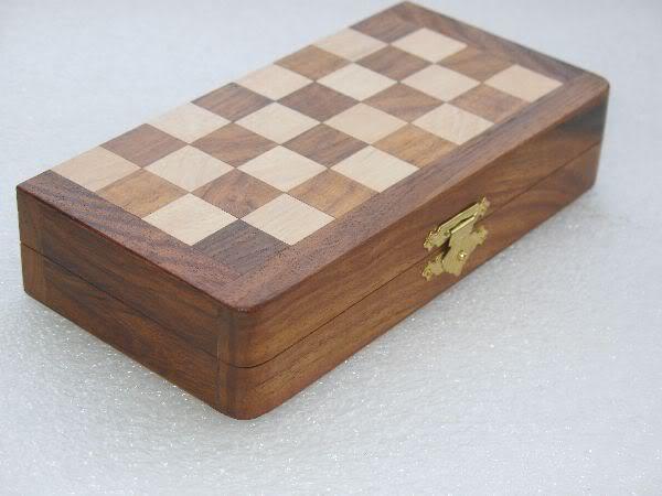 """7"""" Travelling Folding Magnetic Chess Set Shesham Wood image 3"""