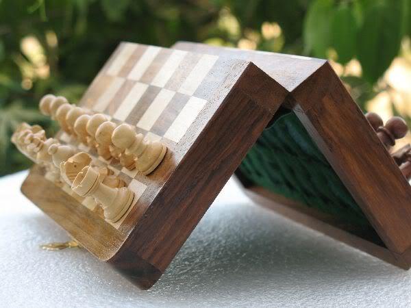 """7"""" Travelling Folding Magnetic Chess Set Shesham Wood image 4"""