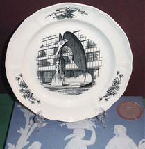 """Wedgwood Picasso Collector Plate Chicago Civic Centre 10.25"""" England New... - $34.90"""