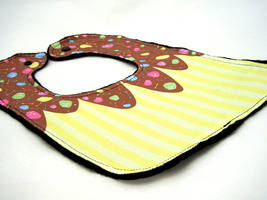Reversible Baby Bib Yellow Cupcake with Pastel Skull Sprinkles Print Jol... - $12.99