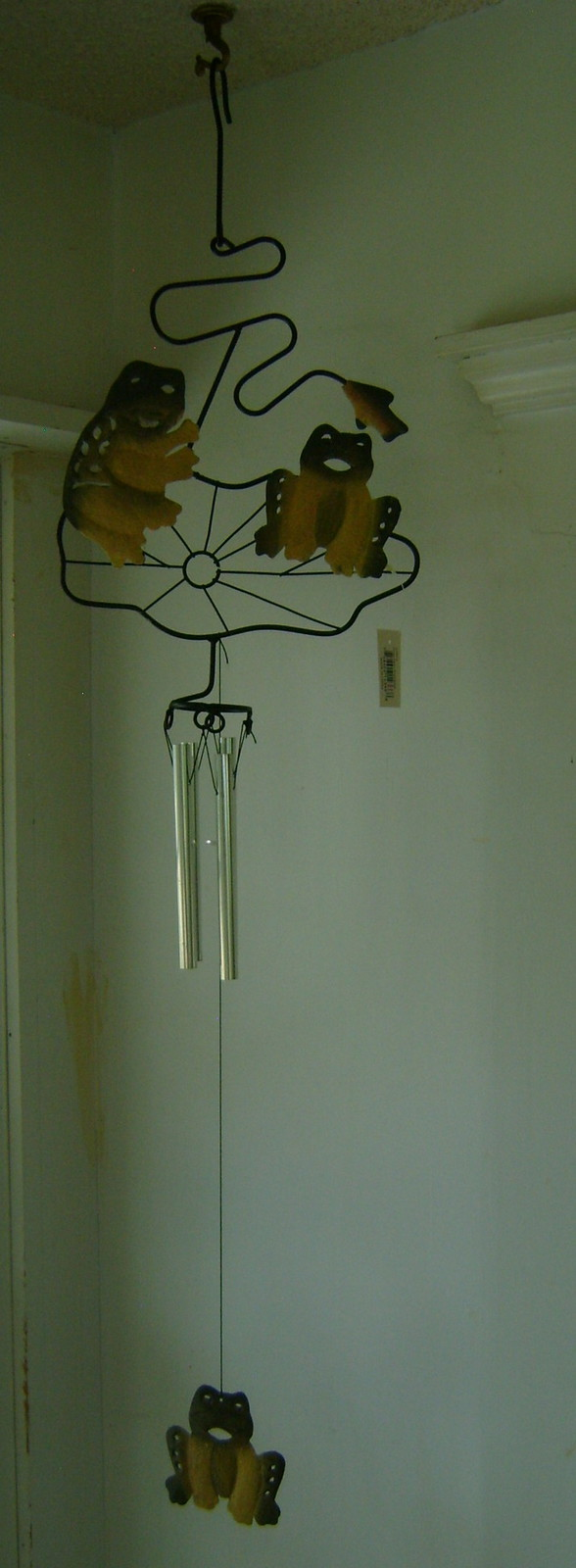 Wind Chimes, Metal, Frogs on Lily Pad