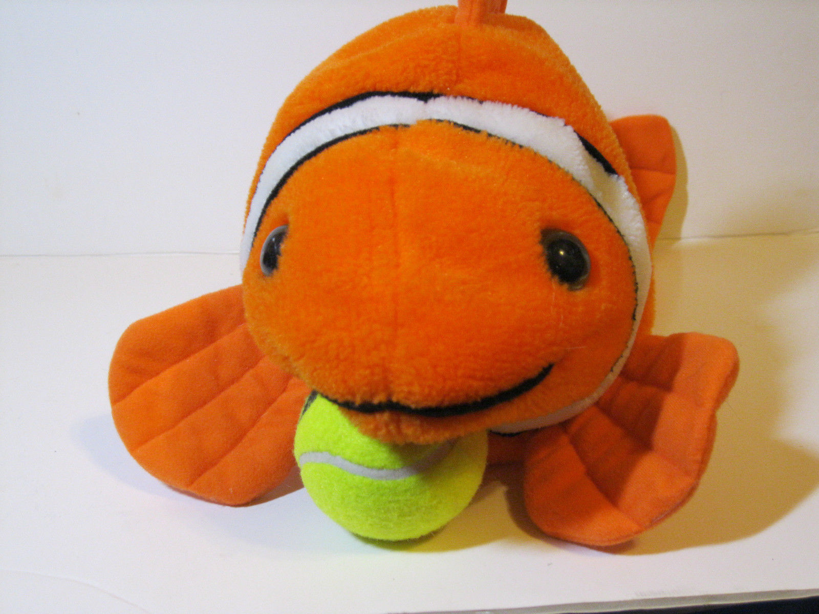 Huge 24 clown fish nemo great american toy co stuffed for Fish stuffed animal