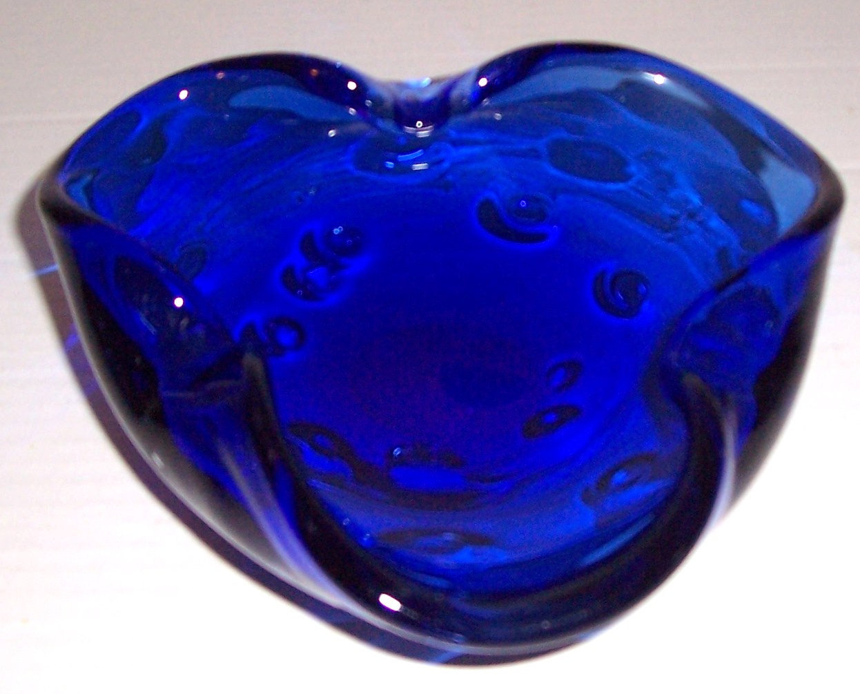 Vintage MURANO Glass Art Cobalt Blue Bullicante Designed Table Display With Air