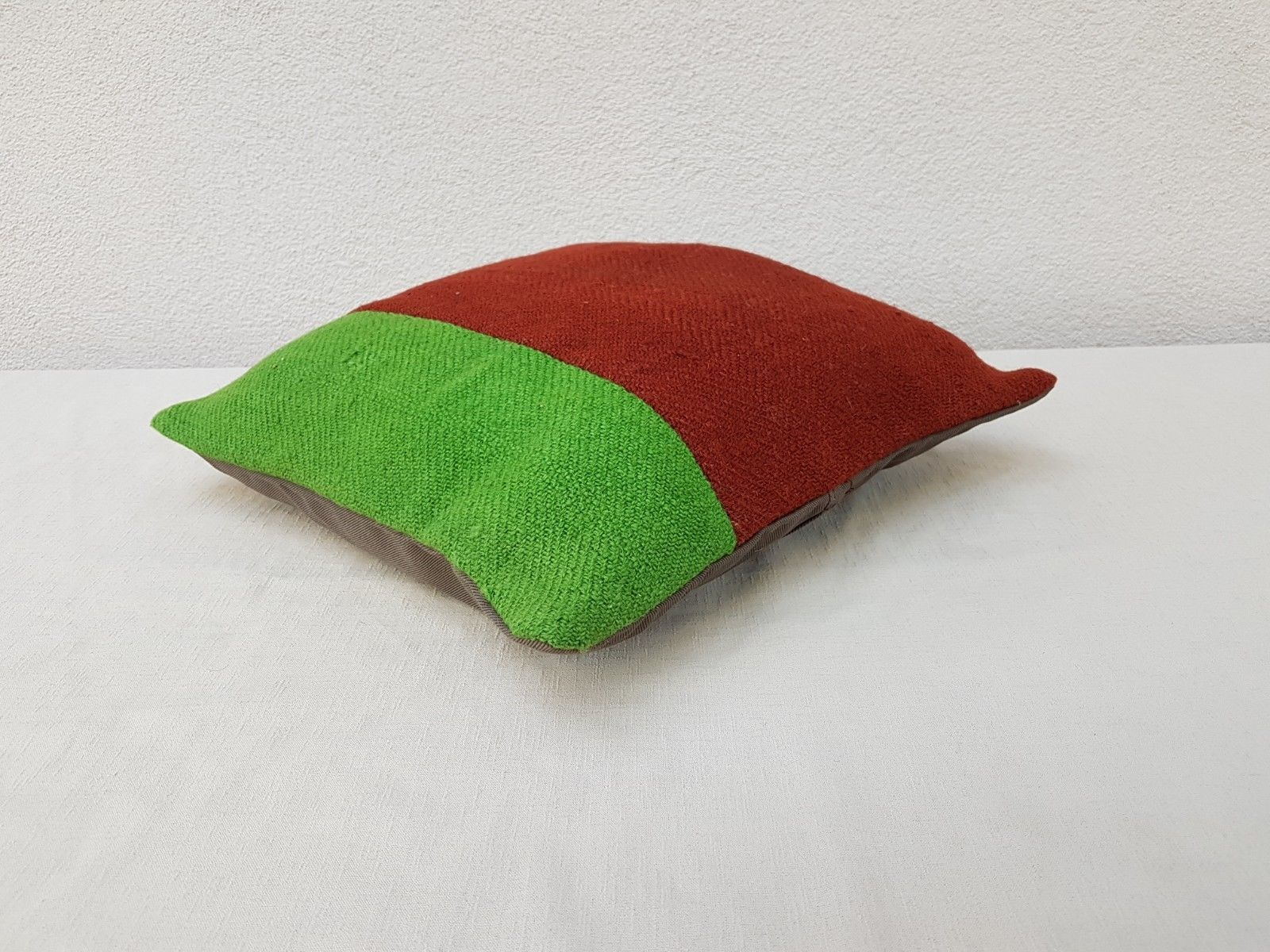 16'' X 16'' Vintage Handmade Green Color Outdoor Wool Kilim Pillow Cover