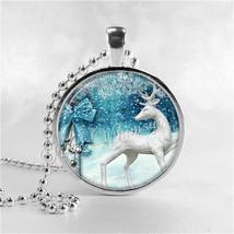REINDEER Necklace, Christmas Necklace, Vintage Christmas, Christmas Jewe... - $9.95