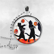 HALLOWEEN CAT Necklace, Black Cat Necklace, Vintage Halloween, Glass Photo Art N - $9.95