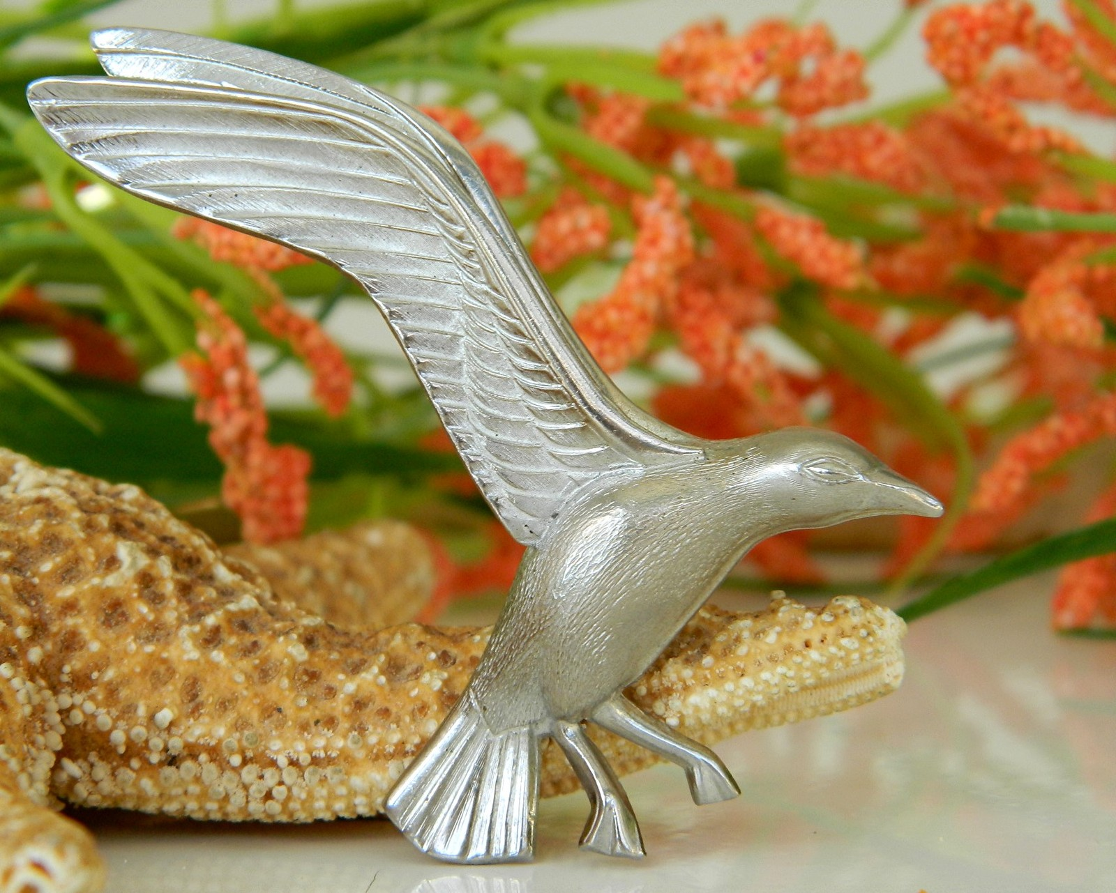 Primary image for Vintage Seagull In Flight Bird Brooch Pin Giovanni Silver Tone