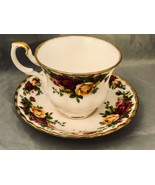 Royal Albert Porcelain Bone China Tea Cup Yellow Red Roses Old Country R... - $23.56