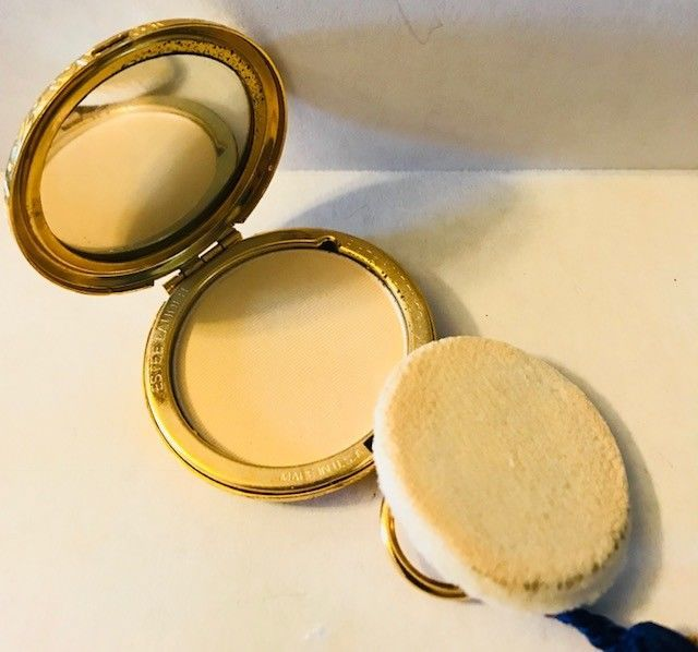 ESTEE LAUDER Golden Pocket Watch Powder Compact - Full and Unused -FREE SHIPPING