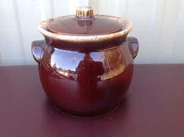 Vintage Hull Oven Proof Mirror Brown Drip Bean Pot Crock Made in USA - $30.00