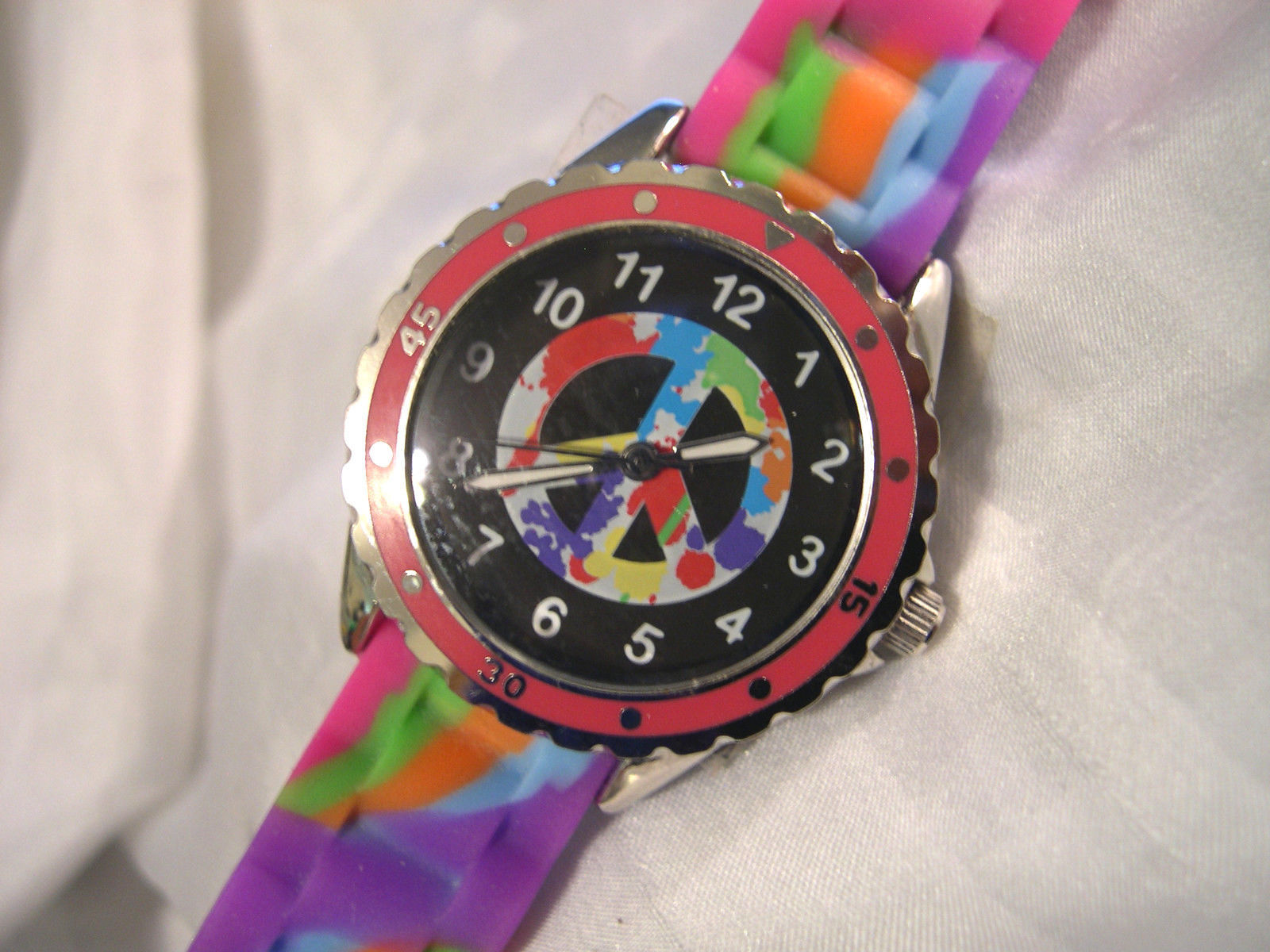 Primary image for MOOD DIAL - Ladies Tie Dyed Watch - Peace Sign - Mood Activated - w/batt