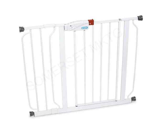 Baby safety gate child safe gates protect block fence