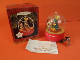 HALLMARK Keepsake Looney Toons Decorator Taz 1997 Christmas Decoration - $30.00