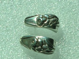 VINTAGE STERLING SILVER ART NOUVEA STYLE FLOWER HOOP EARRINGS - $26.66