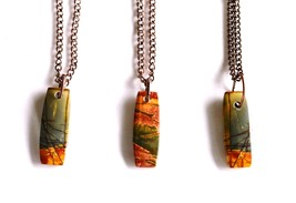Red River Jasper Gemstone Rectangle Pendant Necklace on 18 Inch Antique ... - $22.00