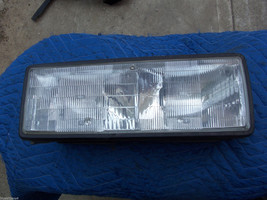 1987 CHEVY CAPRICE ESTATE WAGON RIGHT HEADLIGHT USED OEM GM PART 1990 19... - $108.55