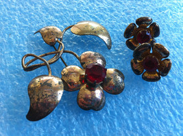 2 VINTAGE STERLING SILVER VERMEIL GOLD PLATED PIN EARRINGS RED RHINESTON... - $19.79