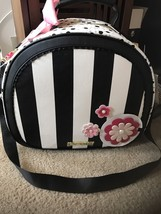 NEW NWT Betsey Johnson Daisy Train Case Weekender Bag Floral In Bloom $158 - $110.00