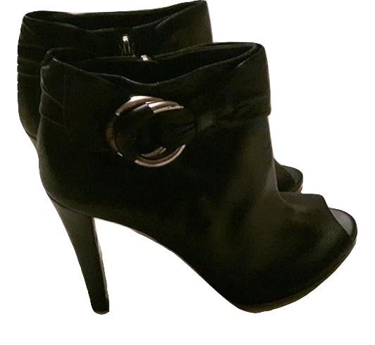 478db803e85 Authentic gucci women black boot size 39 -  270.00