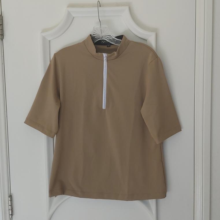 Stylish Women's Golf & Casual Tan Short Sleeve Mock Polo, Rhinestone Zipper