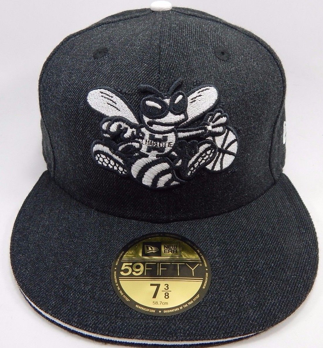 Charlotte Hornets New Era Size 7 3/8 Fitted 59Fifty Official NBA Cap Hat Gray