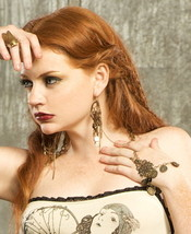 SteamPunk Cosplay Victorian Finger Loop Bracelet from Lip Service, NEW U... - $24.18