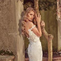 Floral Lace Crystal Appliques Mermaid Wedding Dresses With Detachable Train image 6