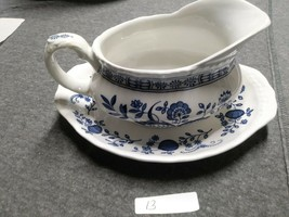 Enoch Wedgwood Tunstall Blue Heritage Gravy Boat with Saucer EUC - $29.69