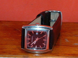 Pre-Owned Women's Fossil JR-8132 Date Analog Quartz Watch - $11.88