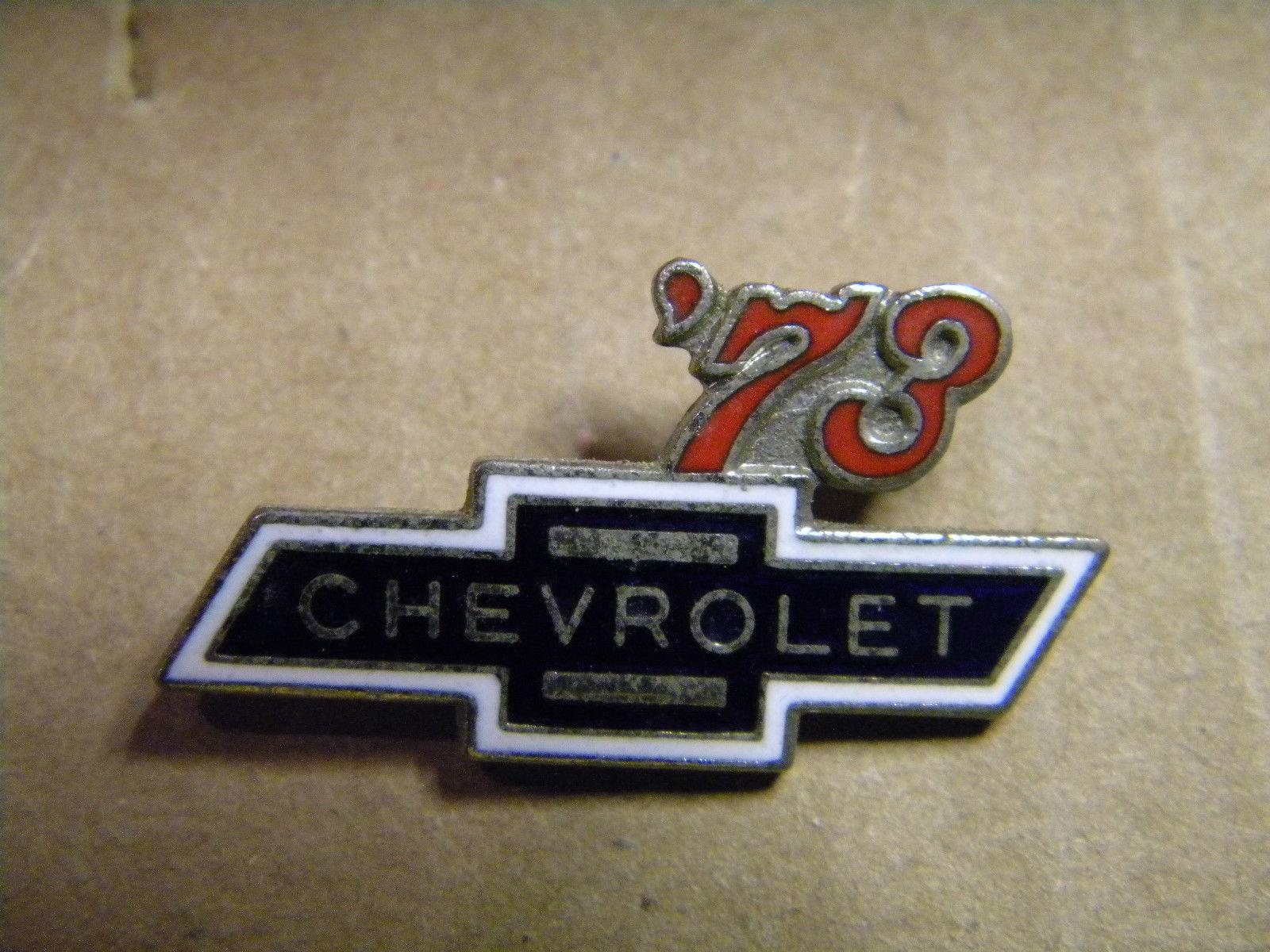 ** Chevy lapel Pin Auto Pins, Hat Tack 1976 Chevrolet Pin