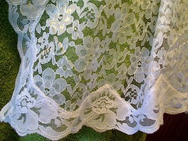 Chapel Veil - Rectangle - White - V-30 image 2