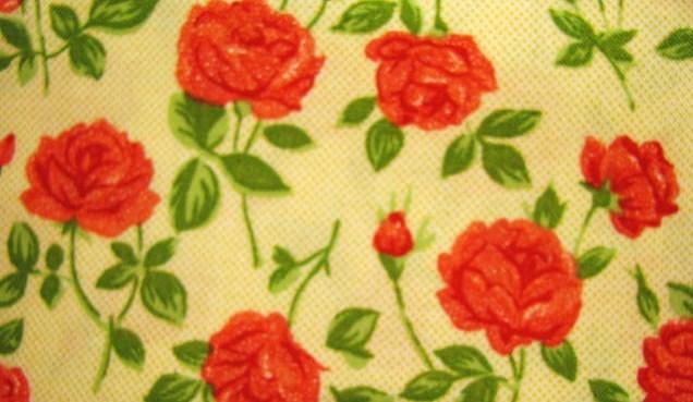 Quilt gate red orange roses 1