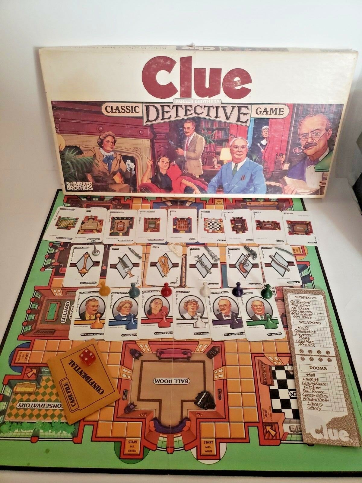 Clue the Board Game Classic Detective by Parker Brothers 1986 Vintage.. Complete