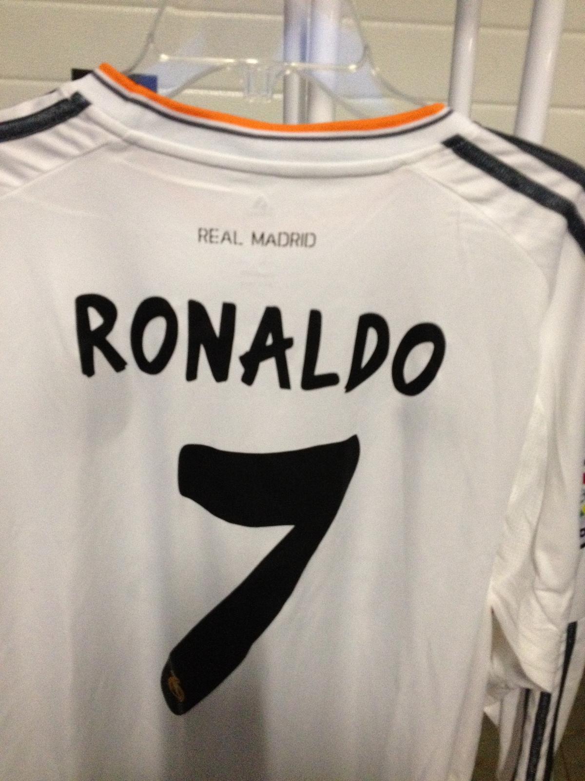 fly emirates soccer ronaldo - photo #31