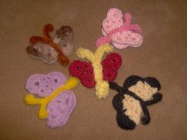 crochet butterfly magnet or pin - $0.00
