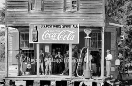 Coca Cola Gas Station Advertising Sign Vintage photo print Sprott. Al 1939 - $8.90