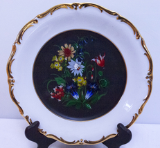 Beautiful Decorative Plate With 24 K Gold Trim - $6.95