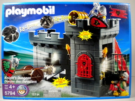 Playmobil Knights Dungeon Set 5794 New 122 Pc - $33.99