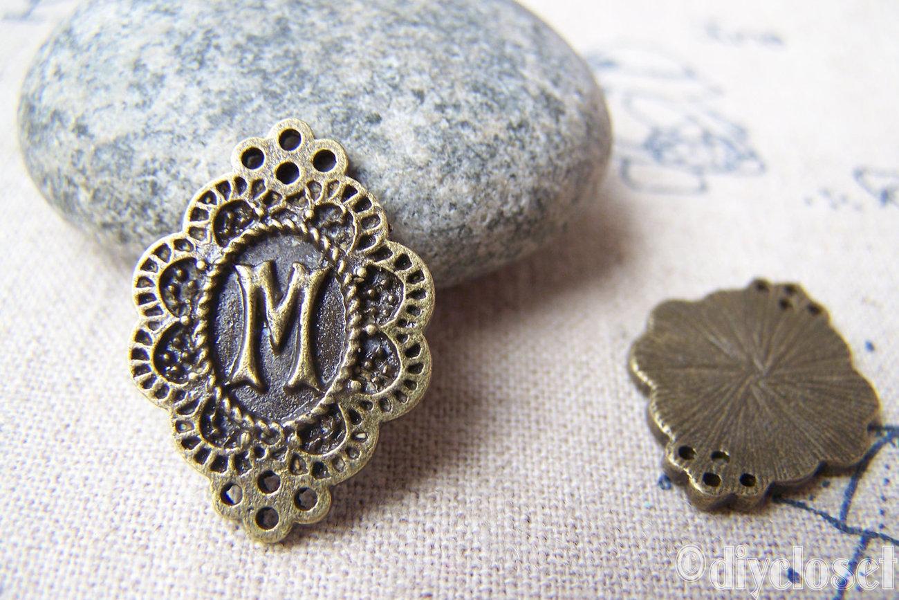 20 pcs of Antique Bronze Rhombus Letter M Charms 17x23mm A1994