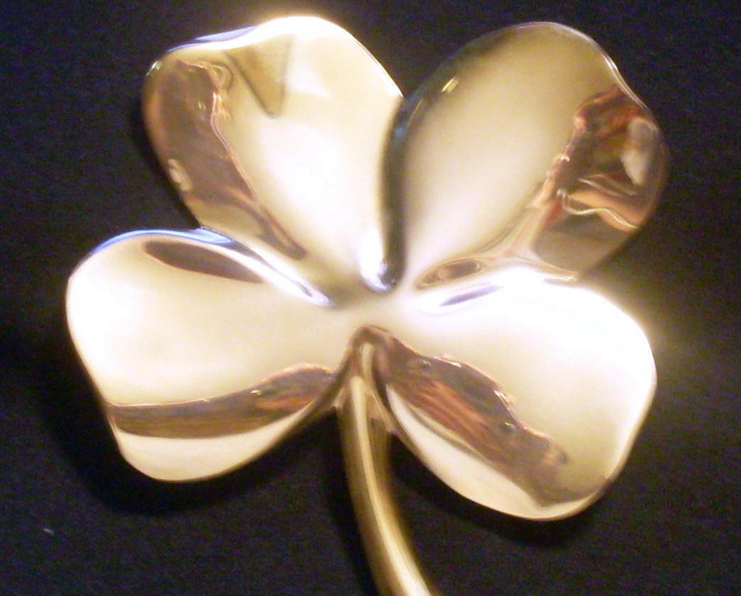 Four Leaf Clover Gerity 24 Karat GOLD plated paperweight